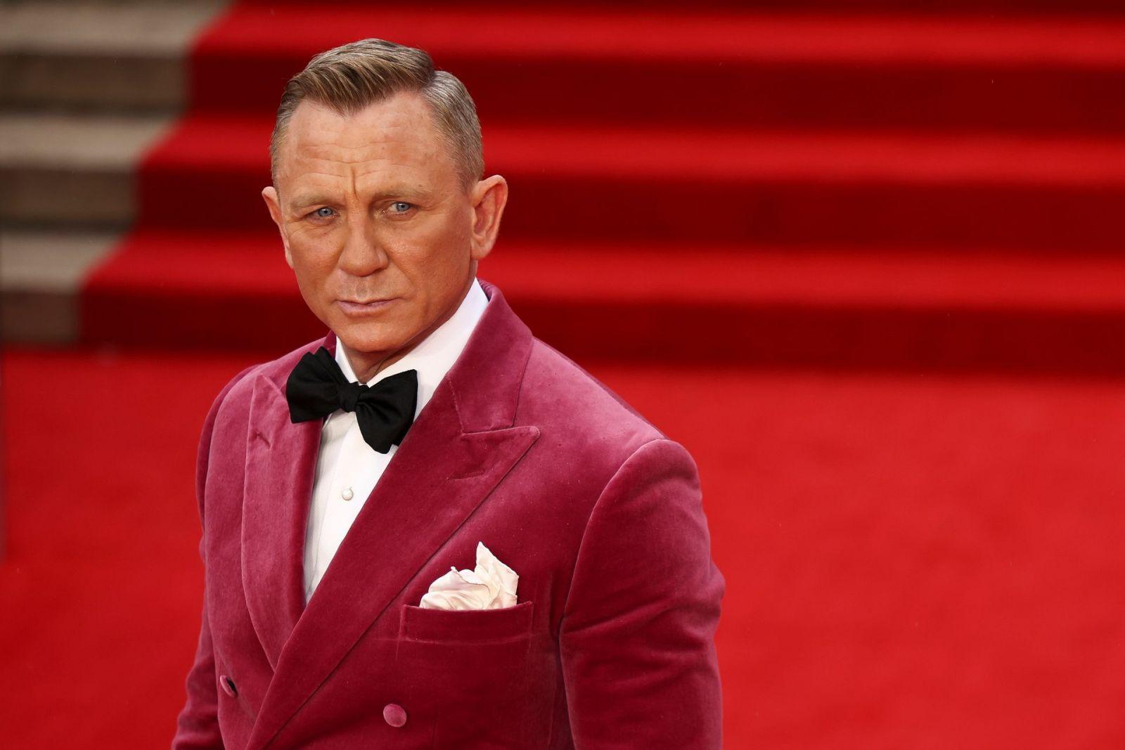 James Bond đã trở lại: 'No Time To Die' ra mắt tại Anh