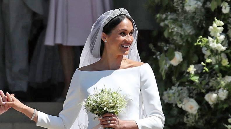 Váy cưới của Meghan Markle và Công nương Kate được tìm kiếm nhiều nhất năm 2021
