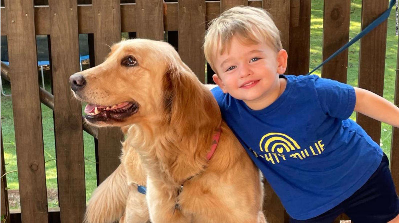 Poppy và con trai 2 tuổi của Claire - Ảnh: CNN