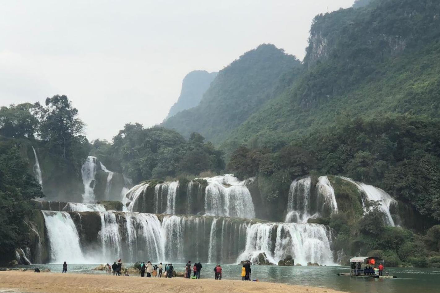 Cao Bằng, vẻ đẹp một vùng non nước