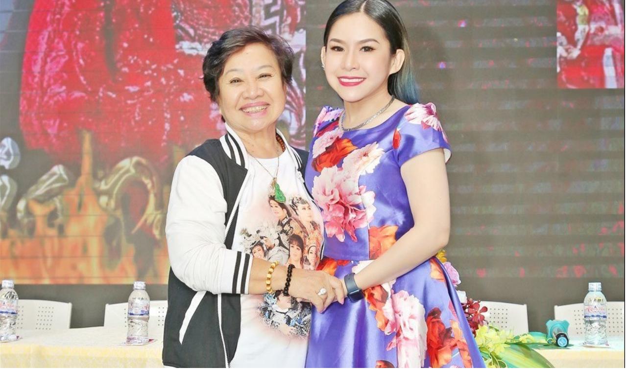 """Bạch Mai và Bình Tinh đã """"song kiếm hợp bích"""" mấy năm qua để Huỳnh Long sáng đèn trở lại  ẢNH: H.K"""