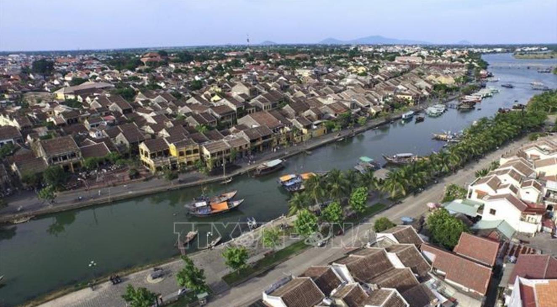 Toàn cảnh thành phố Hội An, nằm bên bờ sông Hoài. Ảnh: Minh Đức/TTXVN