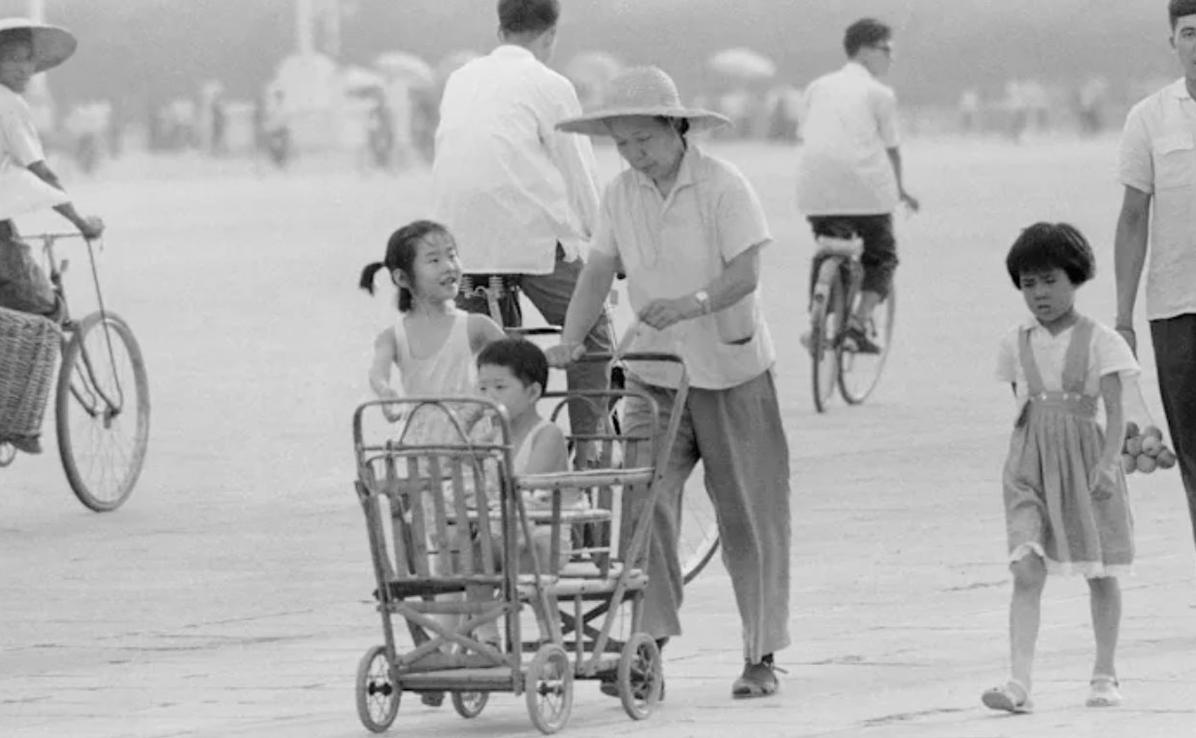 Nhiều phụ nữ Trung Quốc đã phải phá thai vì chính sách một con - Ảnh: Internet