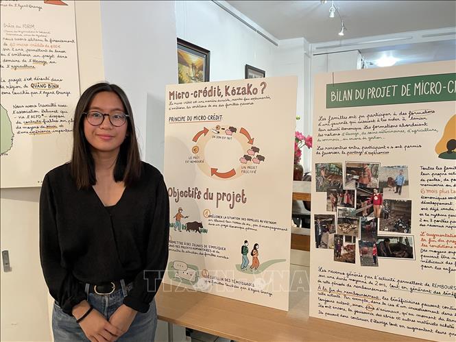 Tranh đồ họa về chất độc da cam Việt Nam lần đầu được triển lãm tại Pháp