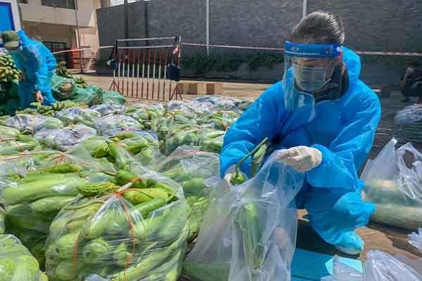 'Chuyến xe thực phẩm 0 đồng' chở hơn 10 tấn rau củ hỗ trợ người dân TP.HCM