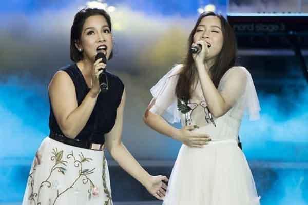 Diva Mỹ Linh xúc động khi được con gái út chia sẻ gánh nặng kinh tế