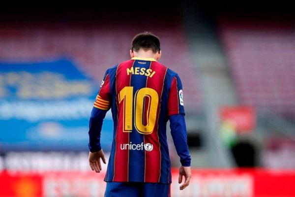Bacelona thông báo chia tay Messi vì trở ngại tài chính hay chỉ ra đòn gió với La Liga?