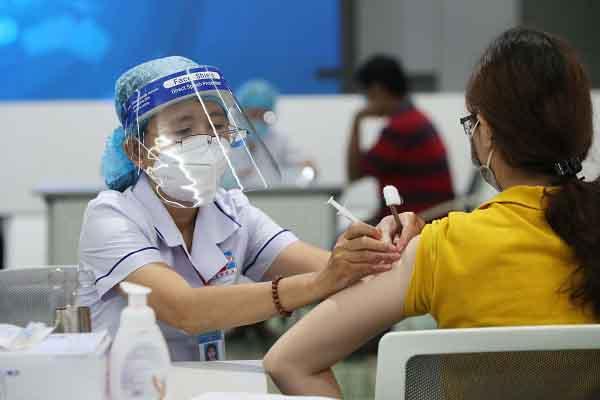 TP.HCM hoàn thành đợt tiêm thứ 5, chưa triển khai tiêm Sinopharm do chờ thẩm định