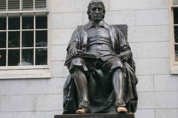 'Sự thật mất lòng' về biểu tượng nổi tiếng ở Đại học Harvard