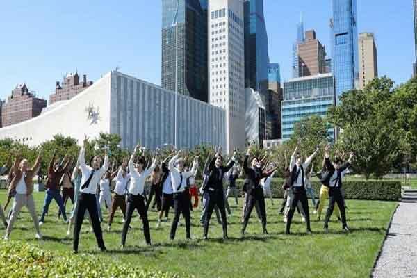 BTS 'gây sốt' khi trình diễn ngay tại trụ sở Liên Hiệp Quốc