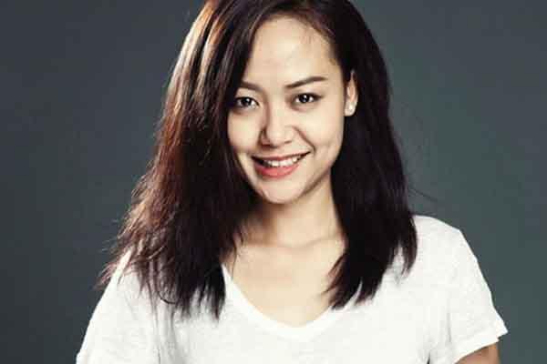 Diễn viên Hồng Ánh: 'Đời hay phim, phụ nữ vẫn vì chữ thương mà ở lại'