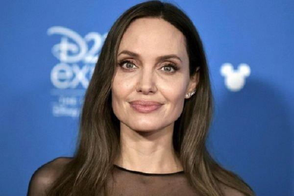 Angelina Jolie bán cổ phần trong bất động sản 'khủng' sở hữu cùng Brad Pitt
