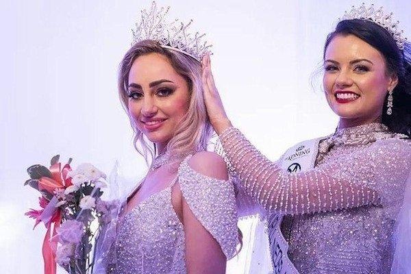 Hoa hậu Hà Lan từ chối thi Miss World vì yêu cầu phải tiêm vắc xin