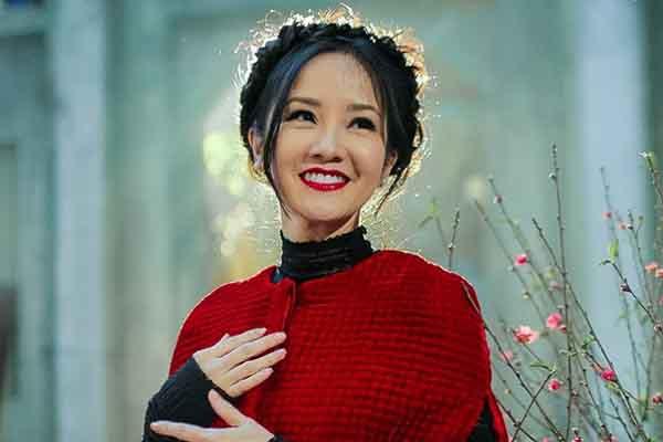 Tết Hà Nội trong ký ức của Diva Hồng Nhung: Ngọt ngào và an yên!