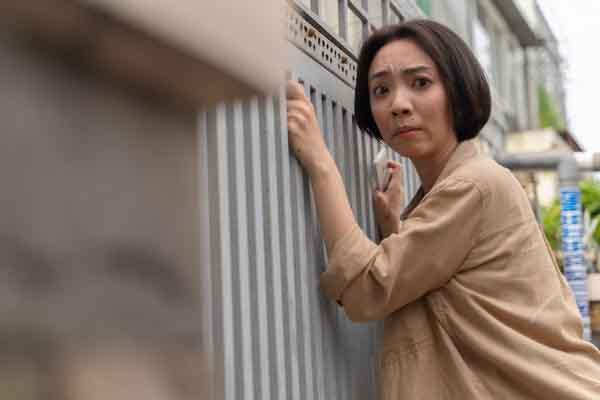 'Chuyện xóm tui' thắng giải Web-drama hay nhất năm, Thu Trang nói gì?
