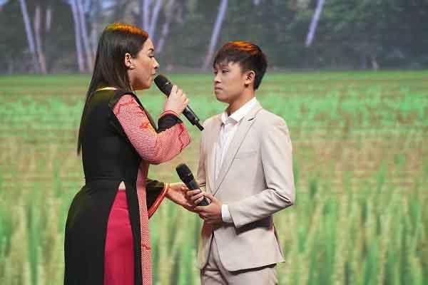 Phi Nhung nói về 'con nuôi' Hồ Văn Cường: 'Mẹ dạy con không được nữa...'