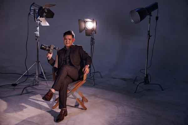 Võ Thanh Hòa - đạo diễn trẻ tuổi nhất của 'Câu lạc bộ phim Việt trăm tỷ'