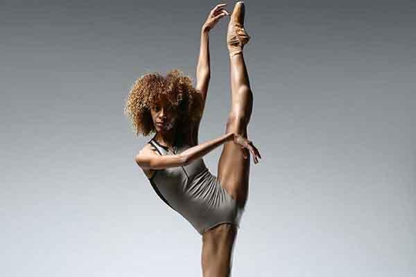 Chuyện về một vũ công da màu bị phân biệt đối xử tại trường múa ba lê danh giá thế giới