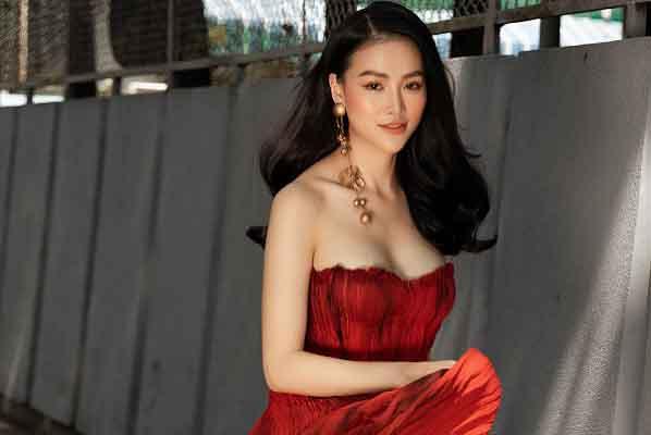 Hoa hậu Phương Khánh tái xuất sau thời gian 'bốc hơi' khỏi showbiz