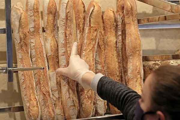 Pháp chọn bánh mì baguette ứng cử di sản văn hóa phi vật thể UNESCO