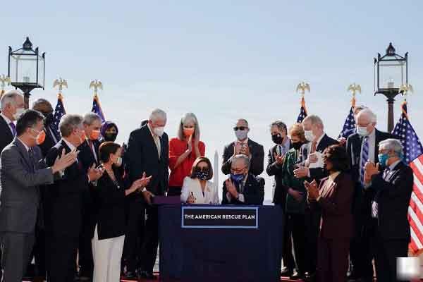 Biden có chiến thắng lịch sử với gói cứu trợ COVID-19 đến 1.900 tỉ USD dù không nhà lập pháp Cộng hòa nào ủng hộ