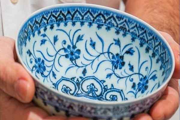Chén cổ vật quý hiếm Trung Quốc, mua 35USD và bán đấu giá đến 500.000USD
