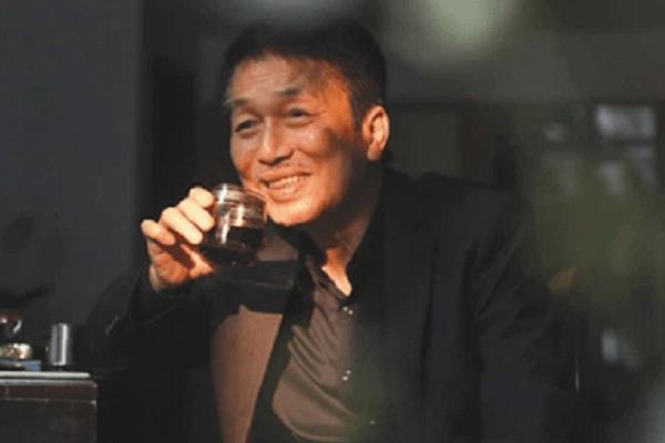 Nhạc sĩ Phú Quang lâm trọng bệnh, phải dùng máy thở liên tục