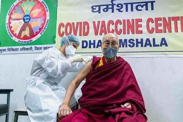 Đức Đạt Lai Lạt Ma đăng clip tiêm vắc xin COVID-19 dù 85 tuổi: Mối lo về độ an toàn, hiệu quả của Covaxin