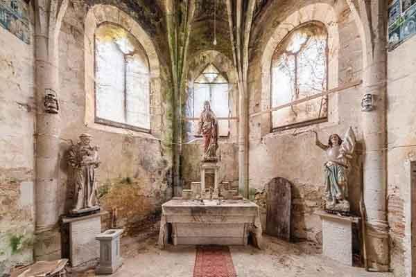 Câu chuyện đằng sau những ngôi nhà thờ, nhà nguyện bỏ hoang trên khắp châu Âu