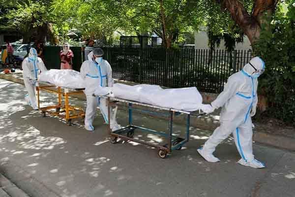 Ấn Độ phải dùng đến 'vũ khí cuối cùng', nghị sĩ Dân chủ thúc giục ông Biden tặng vắc xin COVID-19