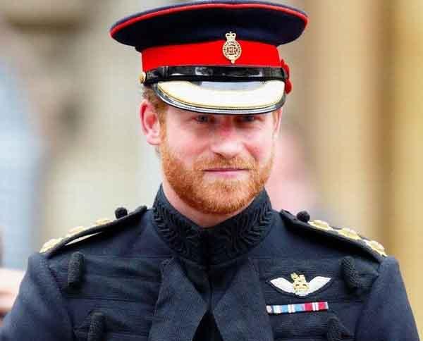 Hoàng tử Harry về Anh dự đám tang Hoàng thân Philip