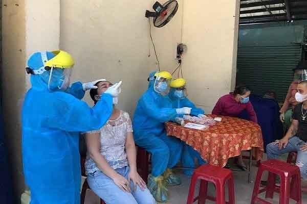 Nam Định phát hiện 2 trường hợp dương tính với COVID-19 liên quan đến Bệnh viện K