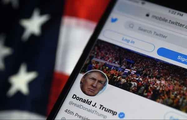 Twitter đình chỉ các tài khoản chia sẻ tuyên bố mới của ông Trump