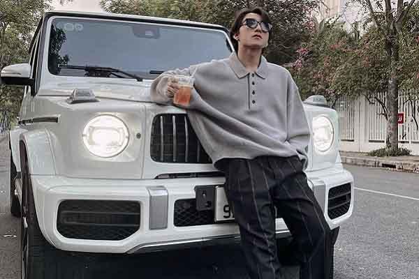 Sơn Tùng MT-P khoe siêu xe 12 tỷ khiến fans trầm trồ
