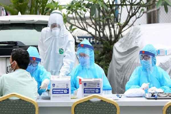 TP.HCM lập chốt kiểm soát các cửa ngõ từ 15.5, chuẩn bị tình huống 30.000 ca bệnh