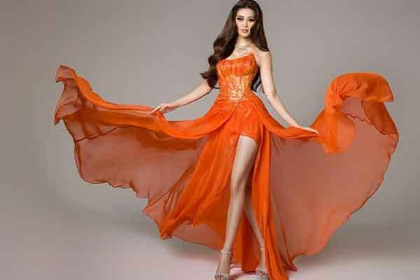 Sắc cam quyến rũ của đại diện Việt Nam tại đêm bán kết Miss Universe 2020