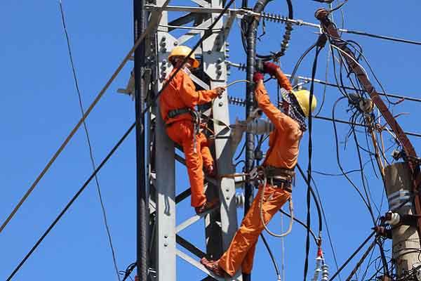 Chính phủ đồng ý giảm giá tiền điện đợt 4
