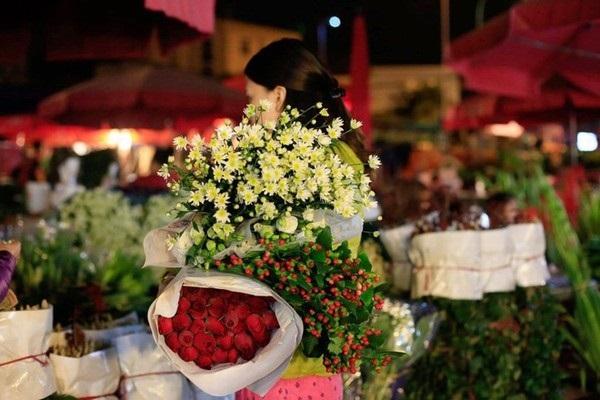 TP.HCM mở lại chợ hoa Đầm Sen vào ngày mai 11.6