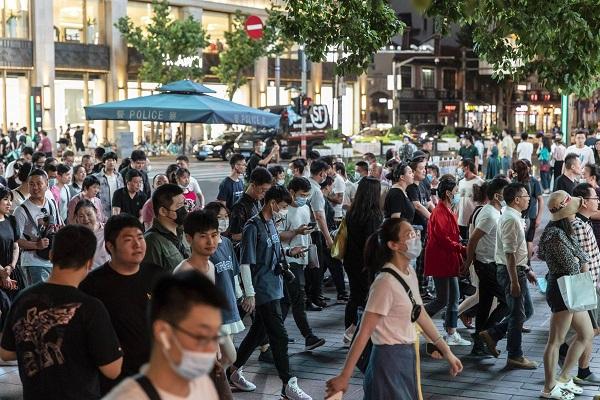 Tỷ lệ thất nghiệp ở Trung Quốc giảm che giấu tình trạng thiếu việc làm cho giới trẻ