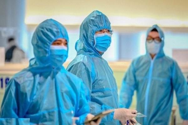 TP.HCM ghi nhận thêm 11 ca nghi nhiễm COVID-19