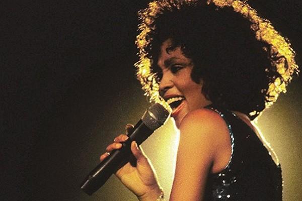 Bài hát 'I Will Always Love You' của Whitney Houston bất ngờ lập thành tích đáng nể