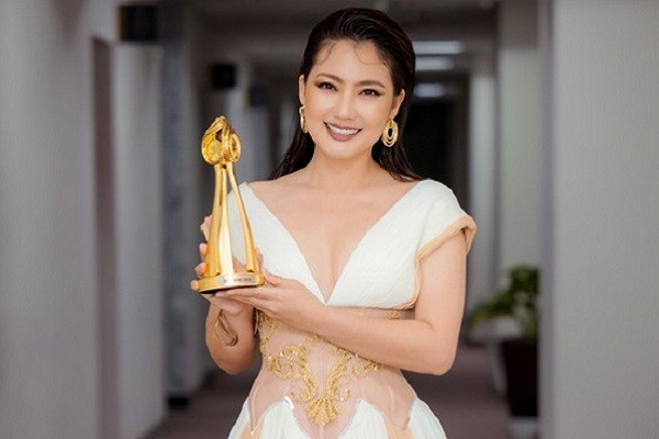 Ngọc Lan nói gì khi nhận giải thưởng 'Nữ diễn viên xuất sắc nhất 2020'?