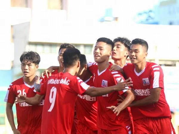 VCK U.21 Quốc gia: Nam Định thắng thuyết phục đặt một chân vào bán kết