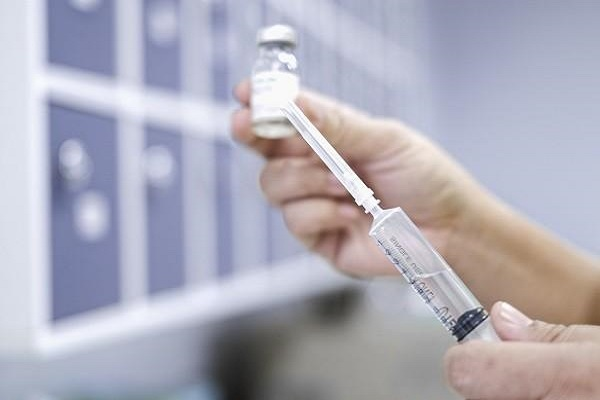 Trung Quốc thử nghiệm vắc xin ngừa COVID-19 phát triển từ tế bào côn trùng