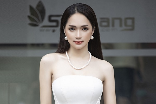 'Ở Việt Nam muốn trở thành sao hạng A nhanh nhất là làm Hoa hậu'