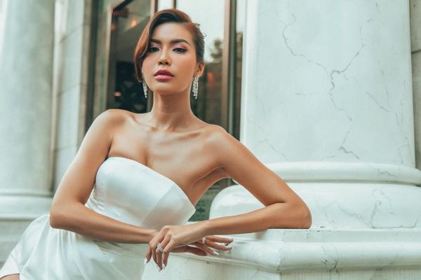 Minh Tú tái xuất showbiz sau nửa năm bị cách ly tại Bali