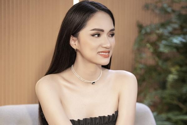 Hoa hậu Hương Giang phải đối mặt với áp lực khi công khai chuyện tình cảm