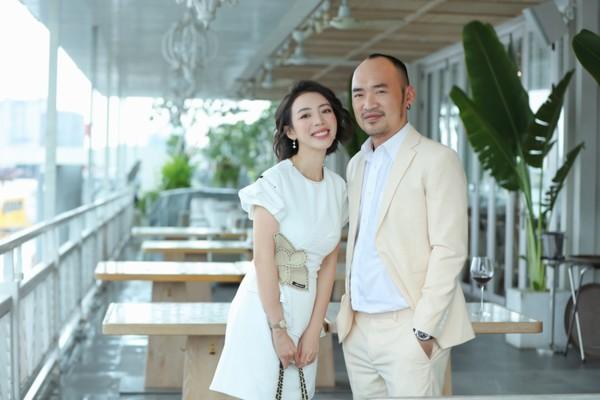 9 năm bên nhau, Thu Trang - Tiến Luật vẫn yêu đương ngọt ngào như thuở ban đầu