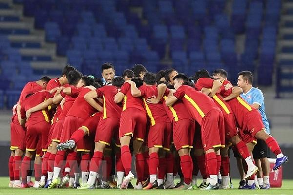 Bộ Y tế: Không tụ tập xem tuyển Việt Nam đá Indonesia và UAE ở vòng loại World Cup 2022
