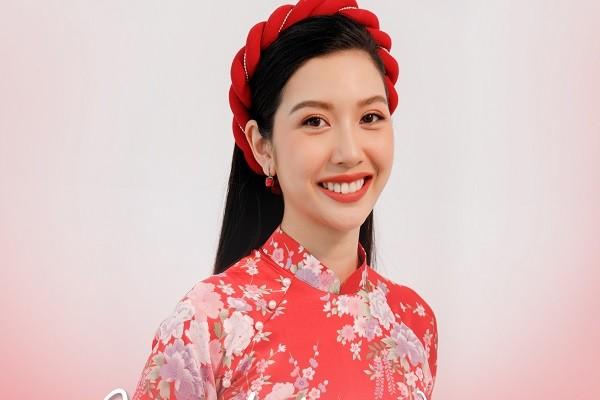 Á hậu Thuý Vân thử sức với vai trò nhạc sĩ